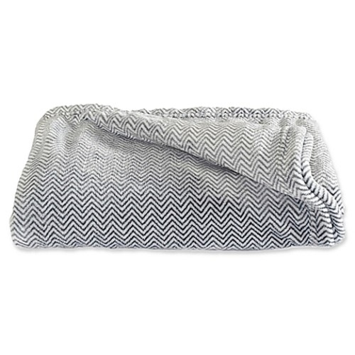 Great Bay Home Landon Courte Oversize Plus Throw Blanket in Grey
