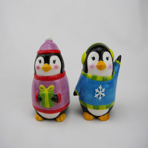 Trim A Home Ceramic Penguin Salt and Pepper Shakers