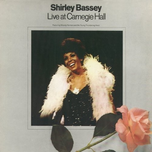 Live At Carnegie Hall / Shirley Bassey