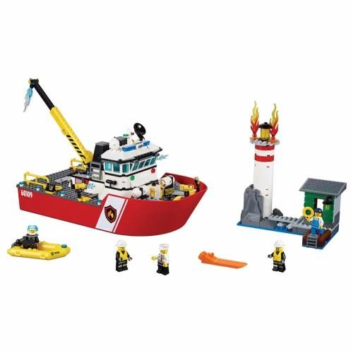 LEGO City Fire Boat (60109) [Configuration : LEGO City Fire Boat (60109)]