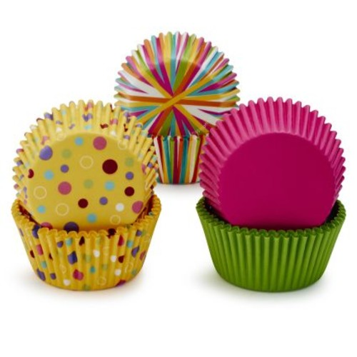 Wilton Dots & Stripes Standard Bake Cups, 150 Count