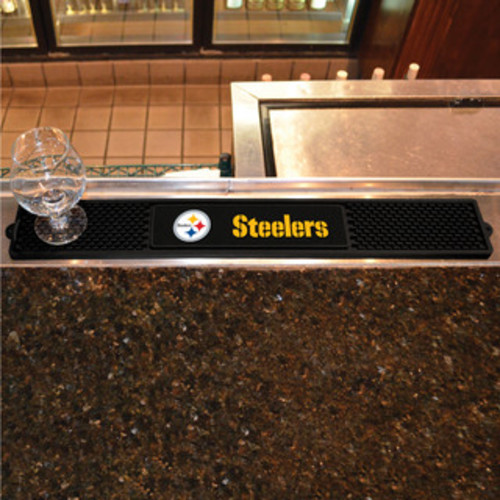 Fanmats Machine-made Pittsburgh Steelers Green Nylon Football Field Runner (2'5 x 6')