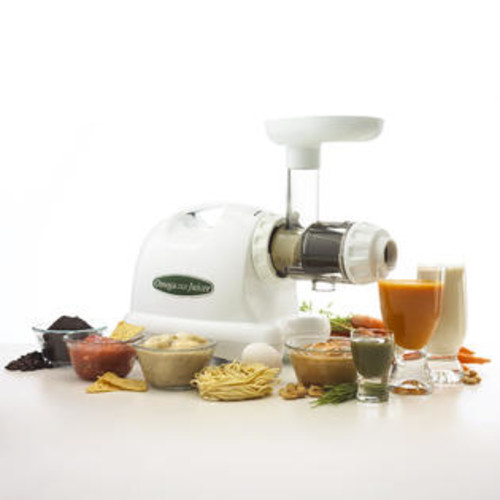 Omega J8004 Nutrition Center Juicer - White