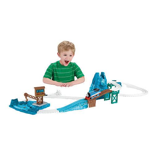 Thomas & Friends TrackMaster Snowy Mountain Rescue Set