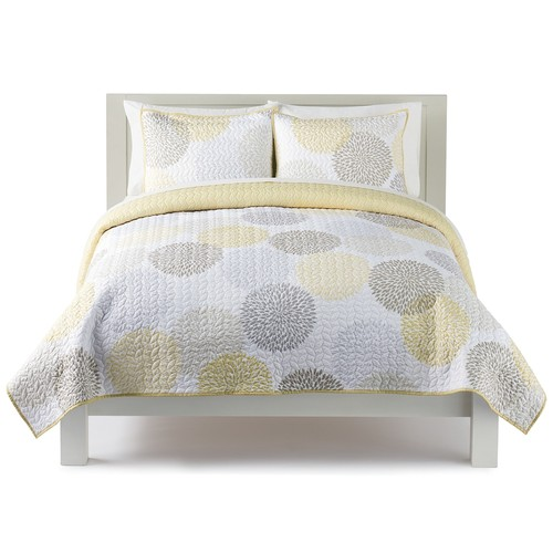 The Big One Dahlia Dot Print Quilt Set
