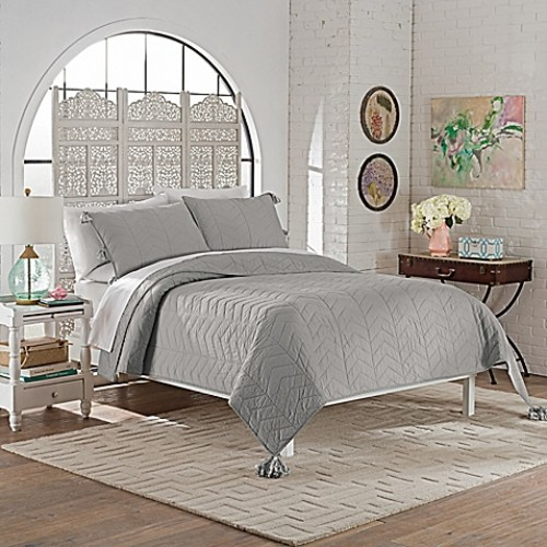 Marble Hill Nadia Queen Quilt Set in Grey