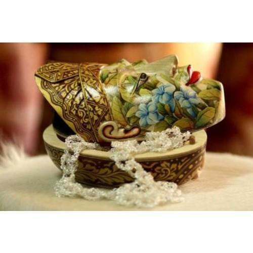 Novica 'Flower Man of Bali' Box