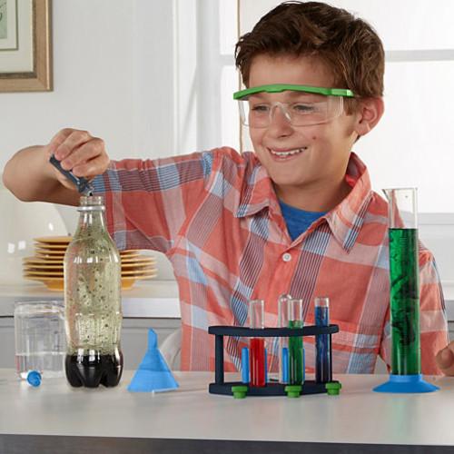 Educational Insights GeoSafari Rockin' Reactions Chemistry Set