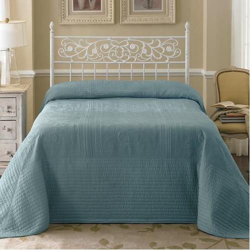 Country Living Bedspreads