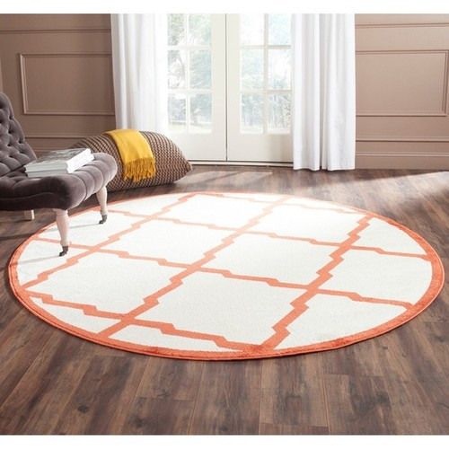 Safavieh Indoor/ Outdoor Amherst Beige/ Orange Rug (7' Round)