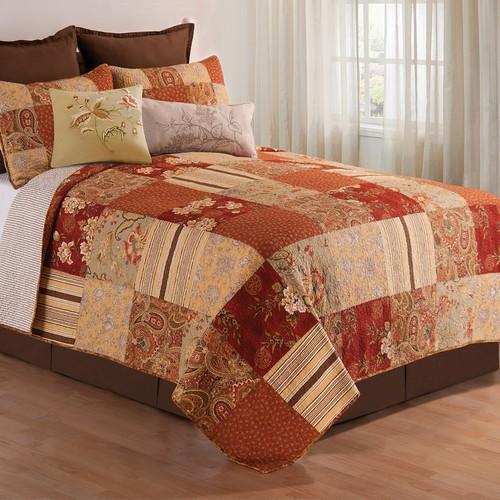 C&F Home Amber Quilt Set