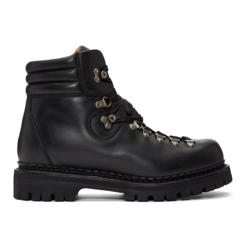 Black New Tracker Boots
