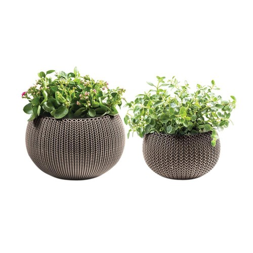 Keter Knit Cozie 11 in. and 14.2 in. Dia Harvest Brown Small and Medium Resin Planters (2-Piece Set)