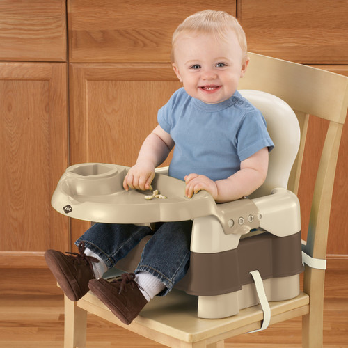 Safety 1st Sit, Snack, and Go Convertible Booster Seat in Decor - Safety 1st Sit, Snack, & Go Booster Seat (Dcor)