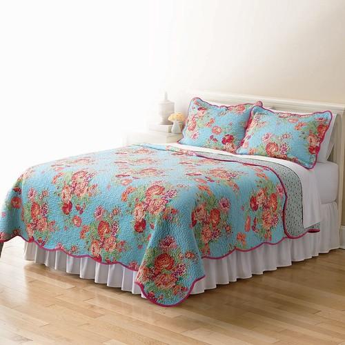 Home Classics Sarah Bright Floral Quilt - King
