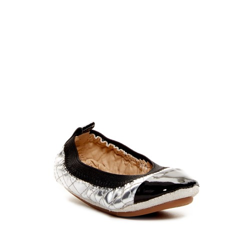 Scarlet Quilted Foldable Ballet Flat