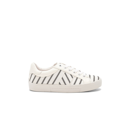 Joie Dakota Sneaker in Caviar & Porcelain & Matador Red