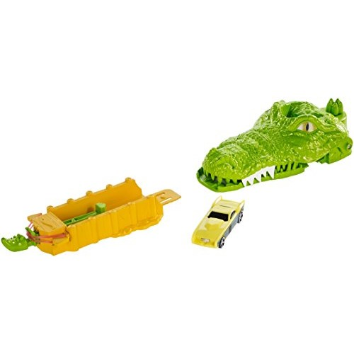 Hot Wheels Crocodile Crunch Track Set