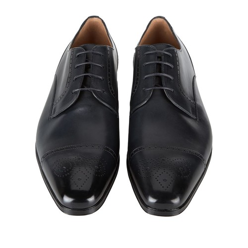 Medallion Toe Leather Oxford