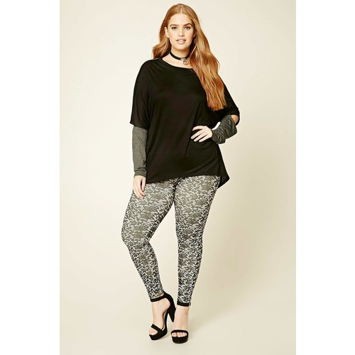 Plus Size Abstract Leggings