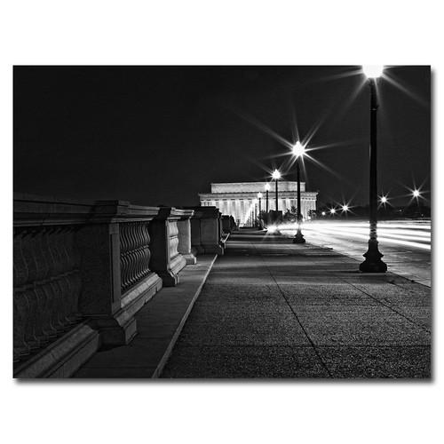 Trademark Global Gregory O'Hanlon 'Lincoln Memorial' Canvas Art [Overall Dimensions : 16x24]