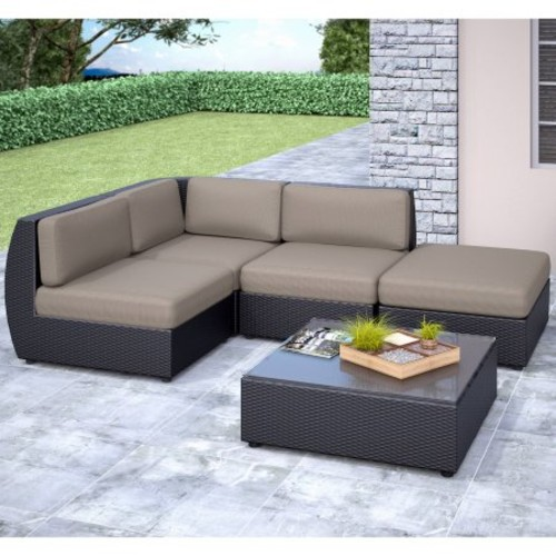 CorLiving Seattle Curved 5-Piece Sectional with Chaise Lounge Patio Set