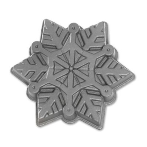 Nordic Ware Snowflake Nonstick Cake Pan
