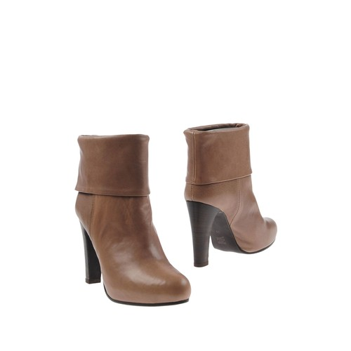 NADIA C. Ankle boot