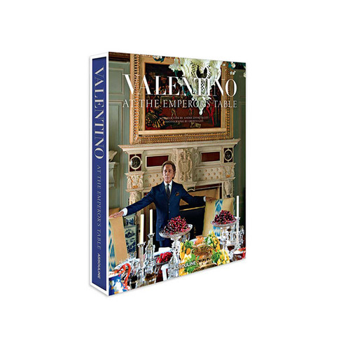 Valentino: At The Emperor's Table by Andr Leon Talley