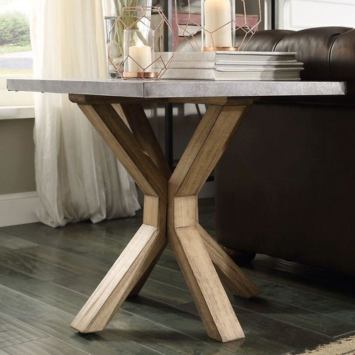 HomeSullivan Upton Light Oak End Table