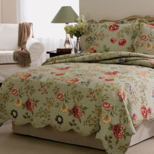 American Traditions Edens Garden 3 Piece Quilt Set; Twin