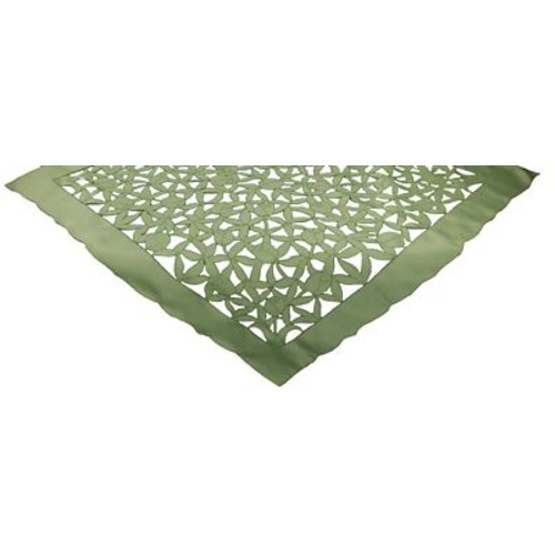 Xia Home Fashions Tulip Bouquet Table Topper; 0.1'' H x 34'' W x 34'' L