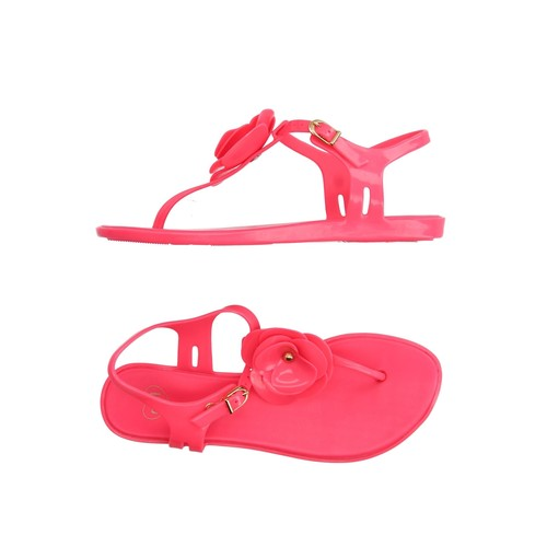 MEL by MELISSA Flip flops