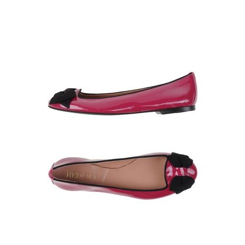RED(V) Ballet Flats