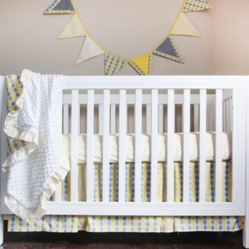 Pam Grace Creations Argyle Giraffe 4-Piece Crib Bedding Set