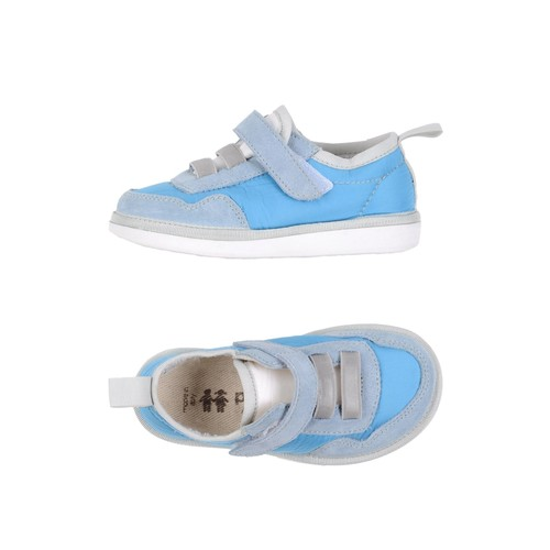 PNCHIC Sneakers
