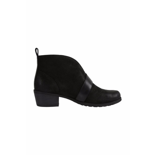 Ugg Belted Wright Booties