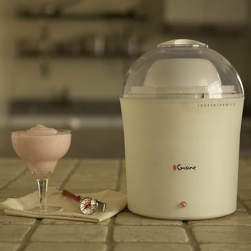 Euro-Cuisine Inc YM260 2 qt. Electric Yogurt & Greek Yogurt Maker