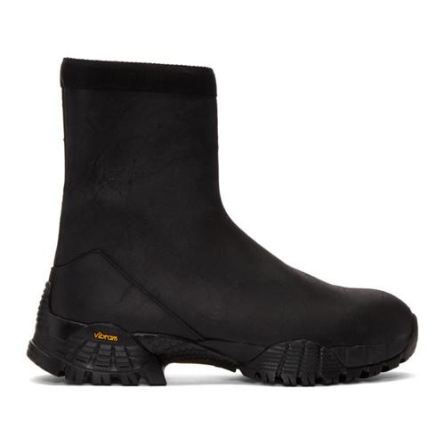 Black Laceless Hiking Boots