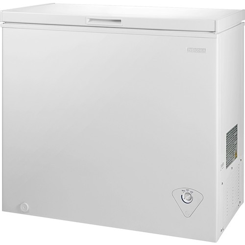 Insignia - 7.0 Cu. Ft. Chest Freezer - White