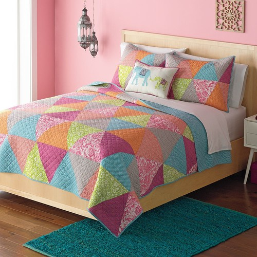 Home Classics Avery Statements Reversible Quilt - King