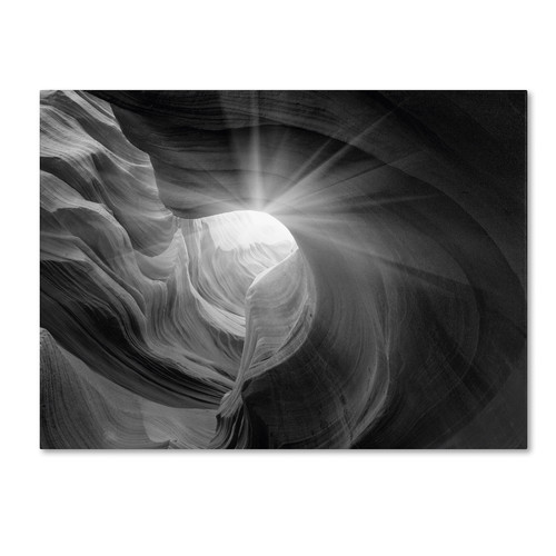 Trademark Global Moises Levy 'Searching Light I' Canvas Art [Overall Dimensions : 14x19]