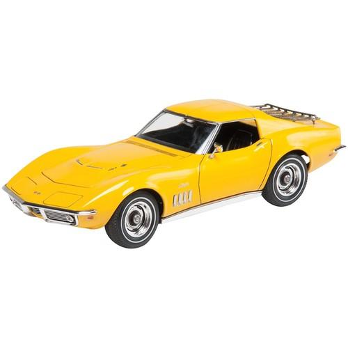 Revell of Germany Plastic Model Kit69 Corvette(R) Coupe Yenko 1:25