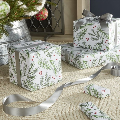 Holly with Berries Gift Wrap