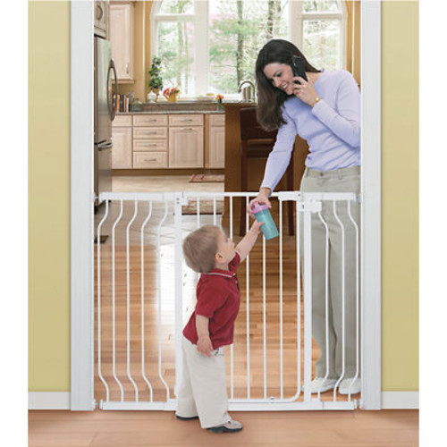Summer Infant Sure and Secure Extra-Tall Walk-Through Gate