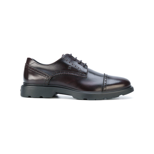 straight tip brogue shoes