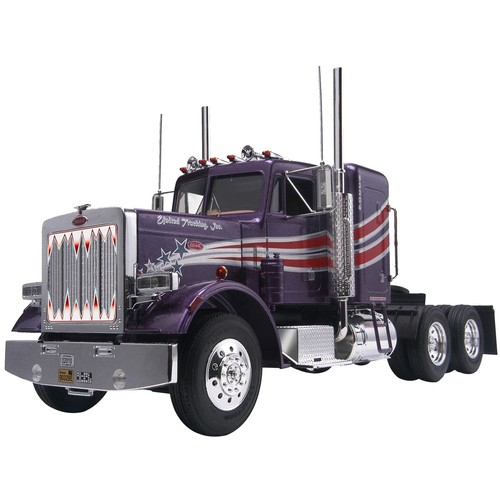Revell of Germany Plastic Model Kit Peterbilt 359 Contentional Tractor 1:25