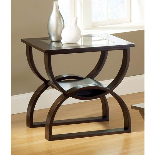 Steve Silver Dylan End Table in Cherry Finish