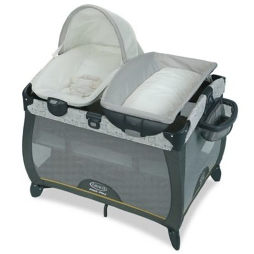 Graco Pack 'n Play Playard Quick Connect Portable Napper with Bassinet in Teddy