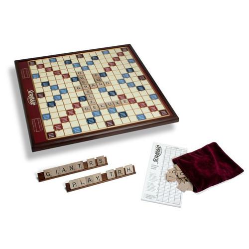 Scrabble Giant Edition
